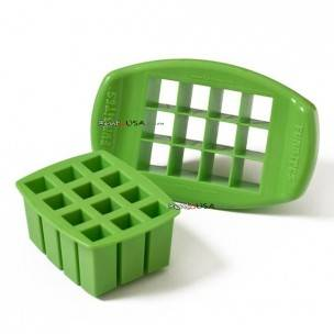 Small Fun Bites Food Sandwich Cutter set  - Cube
