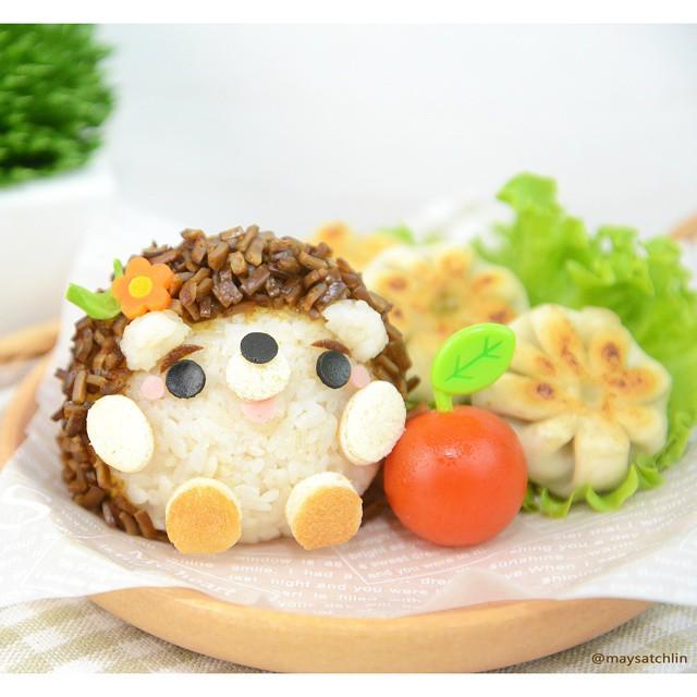 Baby hedgehog rice ball - cute kids food art
