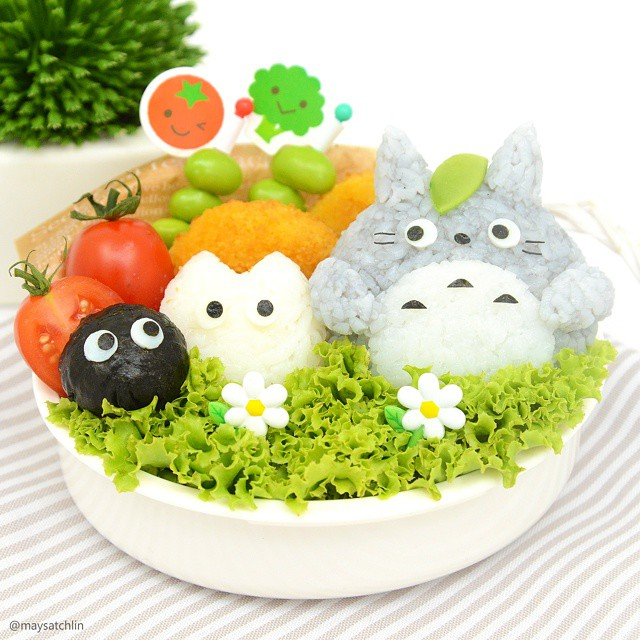 Totoro omusubi bento with Chibi and Sus ball