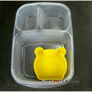 how the bear food cup fits in easylunchboxes
